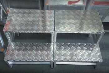 Banqueta Industrial de Aluminio